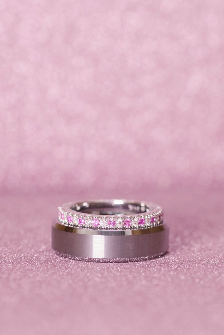 Instead of a traditional diamond band, Stephanie opted for a mix of pink and white diamonds.