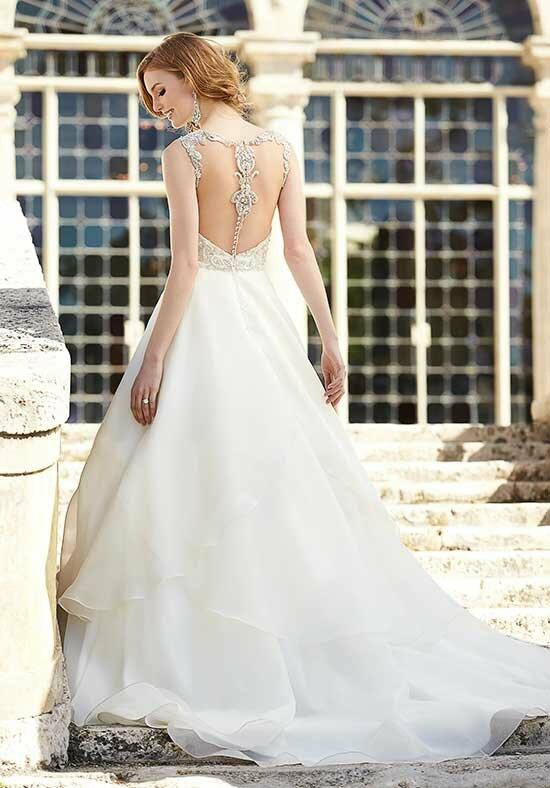 Martina Liana 727 Wedding Dress photo