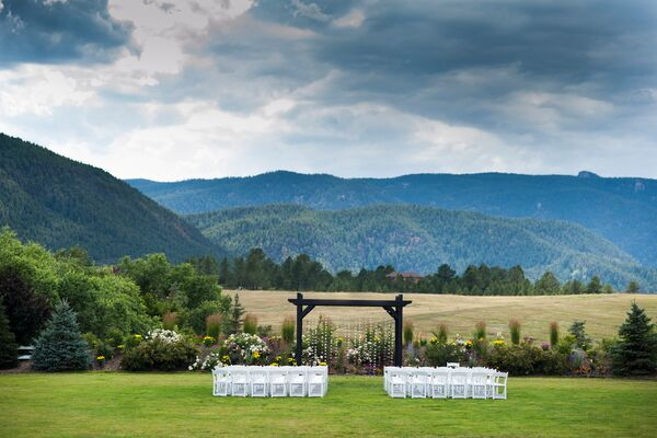 Crooked Willow Farms Outdoor Ceremony Venue