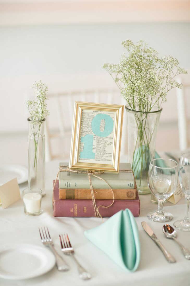 Vintage Book and Baby\'s Breath Centerpieces