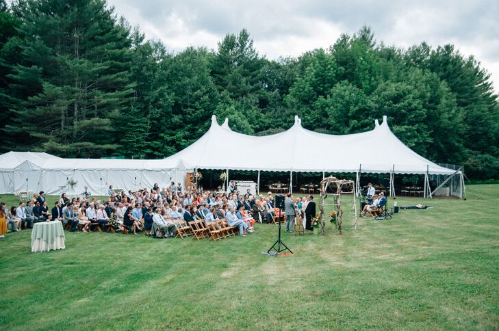 Benefiting from striking natural scenery and beautiful weather, Olivia and Ben hosted their fun-filled fete outdoors. After a ceremony and cocktail hour on the lawn, the newlyweds wined and dined their guests under an expansive open-air tent in South Newfane, Vermont.