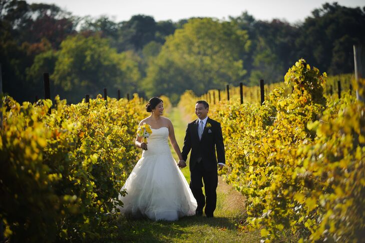 An autumn vineyard wedding at laurita winery in new egypt new jersey junglespirit Image collections