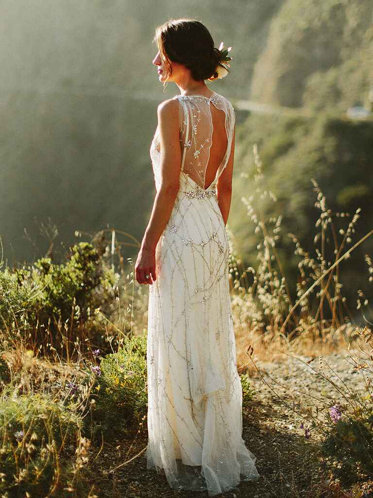 18 vintage wedding dresses to inspire your bridal style for Beaded vintage style wedding dresses