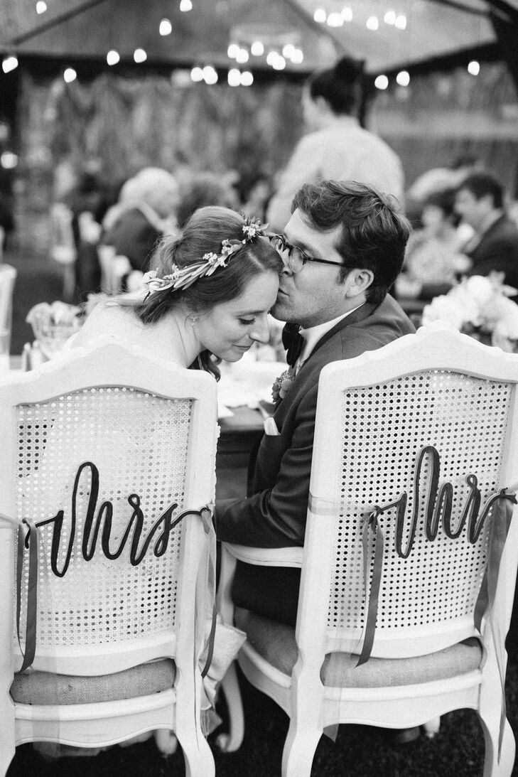 Black and White Reception Kiss