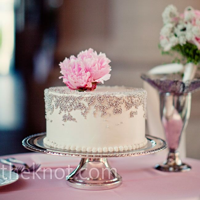 how to create silver icing