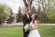 Using chocolate brown and navy blue with pops of olive green for their color palette, Hannah Anderson (24 and works at Trader Joe's) and Matt McDonald