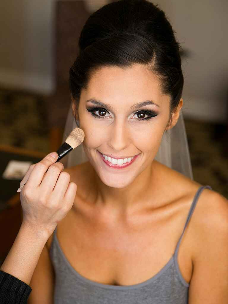 17 Dramatic Eye Makeup Looks to Rock On Your Wedding Day