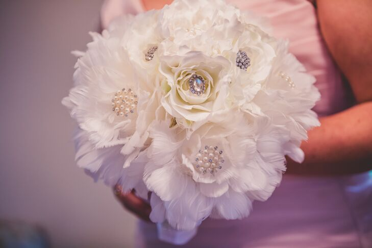 Wedding Bouquets With Feathers And Crystals : White feather and crystal bridal bouquet