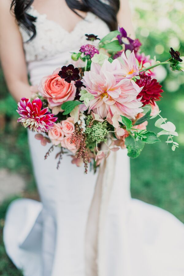 Bouquet with Roses, Dahlias and Baby's Breath