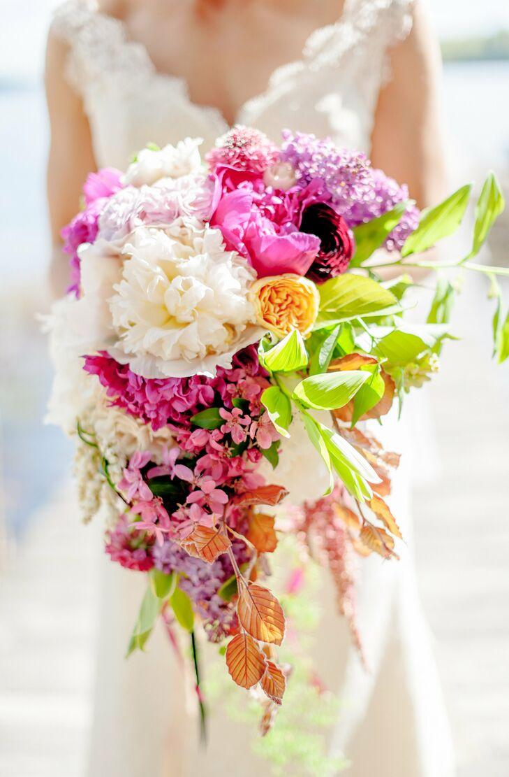 Bright cascading bridal bouquet for Bright wedding bouquet