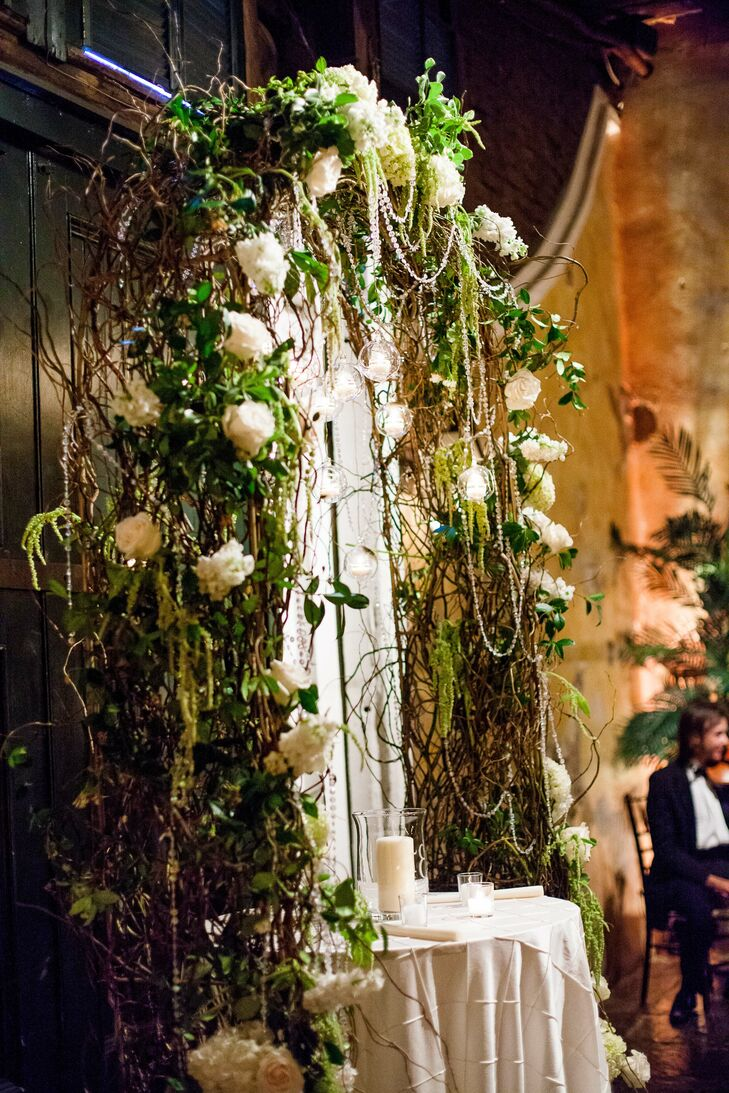 A Fun Traditional Wedding at Latrobe\'s On Royal in New Orleans ...