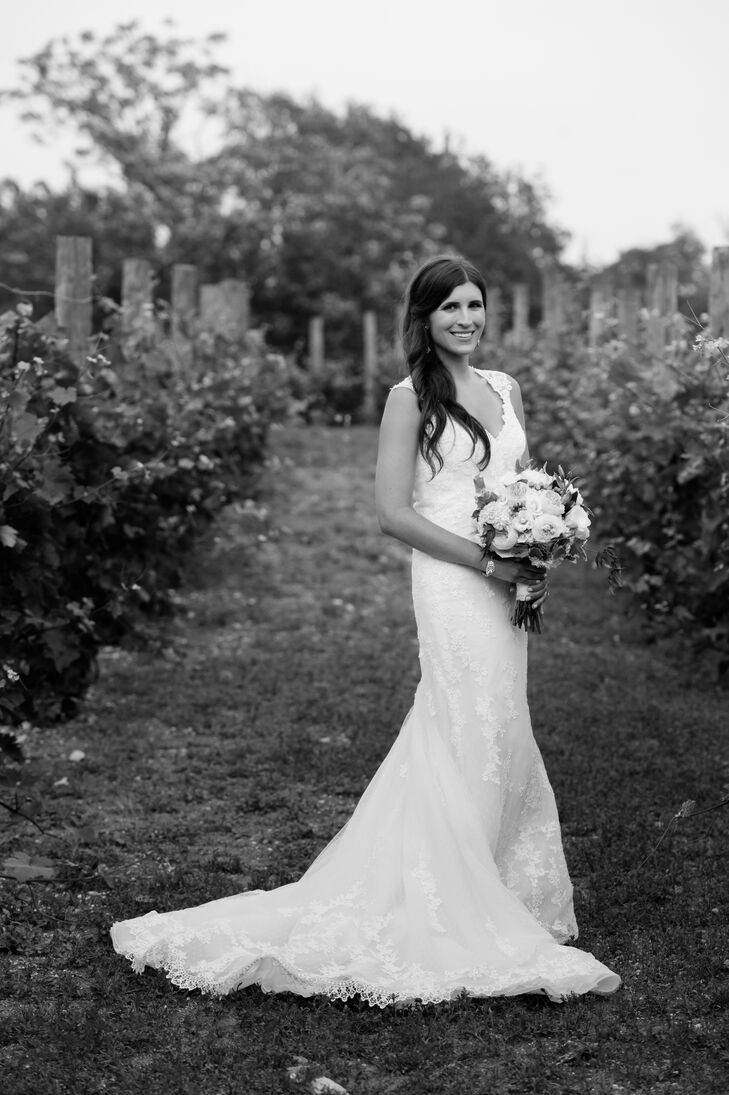Bride in Laren by Pronovias in Austin, Texas Vineyard