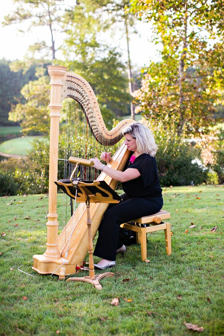 Annslee and Alex had a harpist play at their wedding ceremony, and their choice of music set the tone for their heartfelt ceremony.
