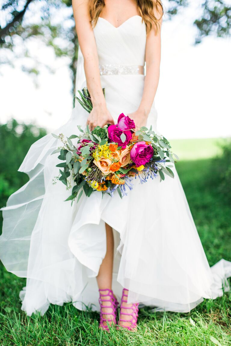 9 Rules For Accessorizing Your Wedding Dress