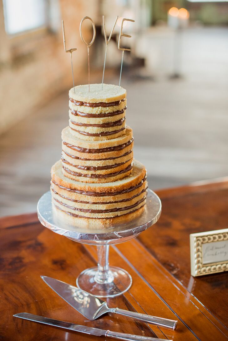 whimsical wedding cake nyc a whimsical eclectic wedding at the pocketbook factory in 27166