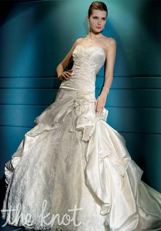 Demetrios 4277 Wedding Dress photo