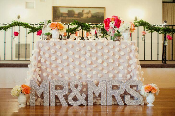 Sweetheart Table, \