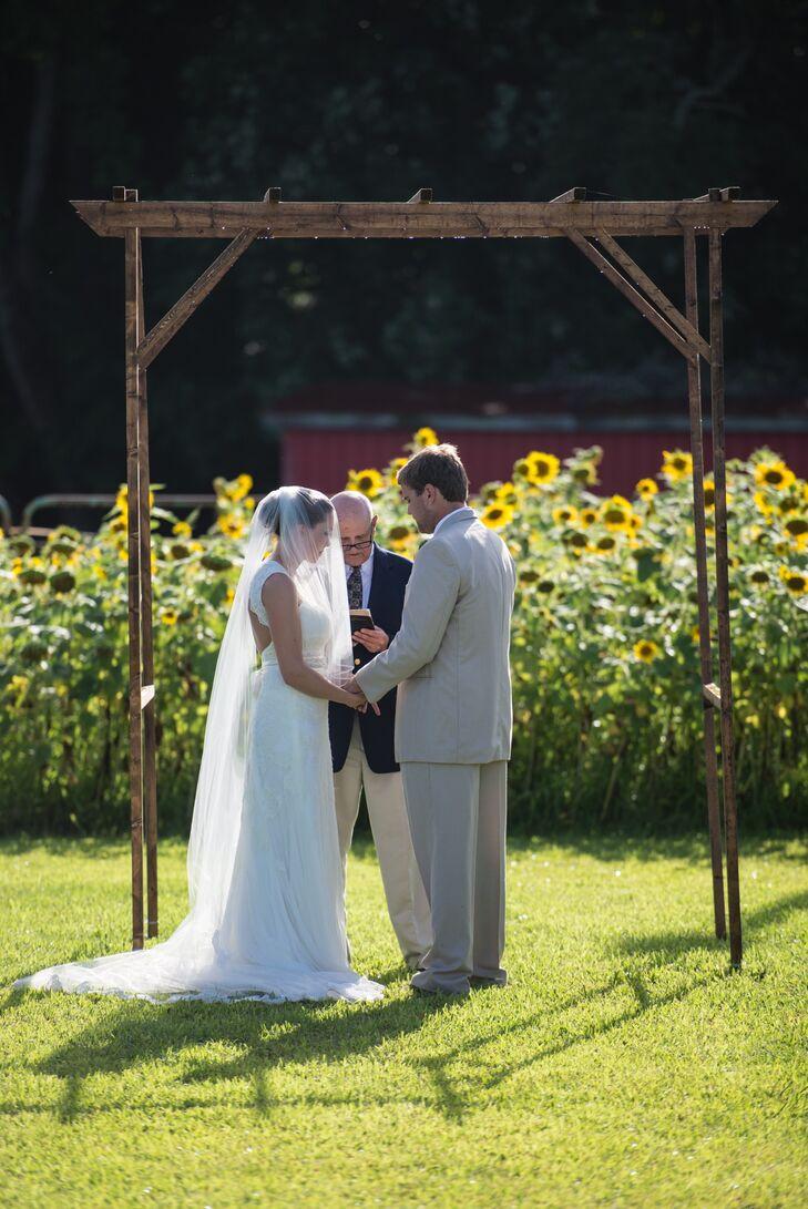 a backyard farm wedding in new bern north carolina