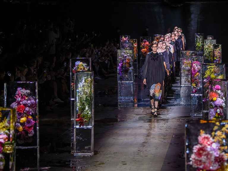 Dries Van Noten Paris Fashion Week SS17 collection