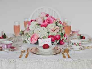 Bridesmaids' tea place setting