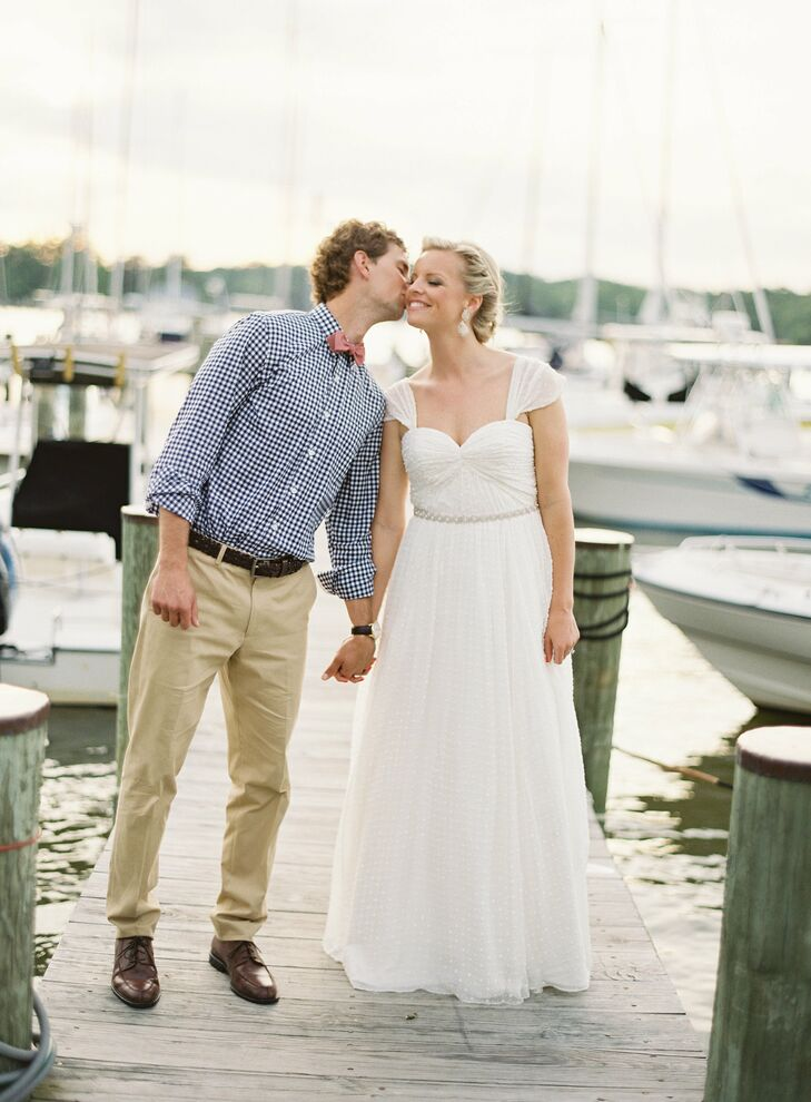 A Casual Waterfront Wedding In Annapolis MD