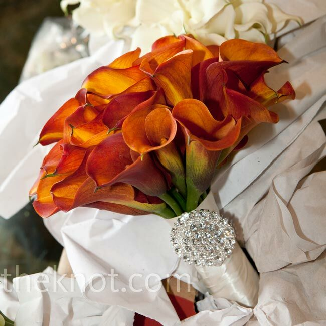 Decorating With Colors Mango: Mango Calla Lily Bouquet