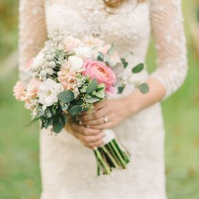 Clic Rose Lisianthus And Silver Brunia Bouquet