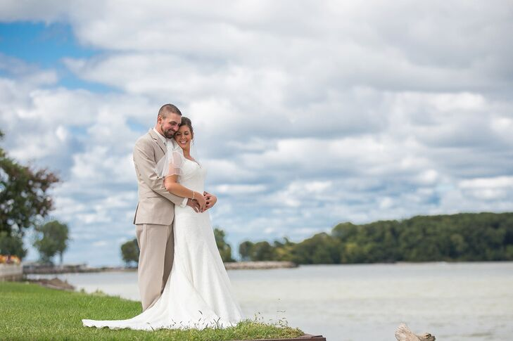 A Clic Nautical Wedding At Mon Ami Restaurant And Historic Winery In Port Clinton Ohio
