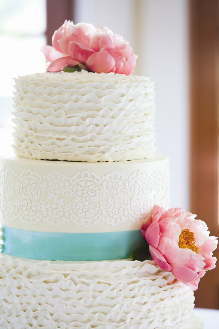 Lace and Ruffle Pattern Wedding Cake
