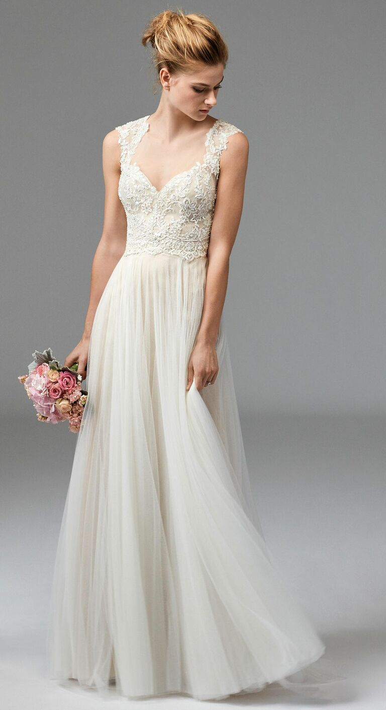Beach wedding dresses a complete guide for Lace beach wedding dresses