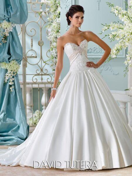 Bliss bridal wedding gift lubbock tx for Wedding dresses lubbock
