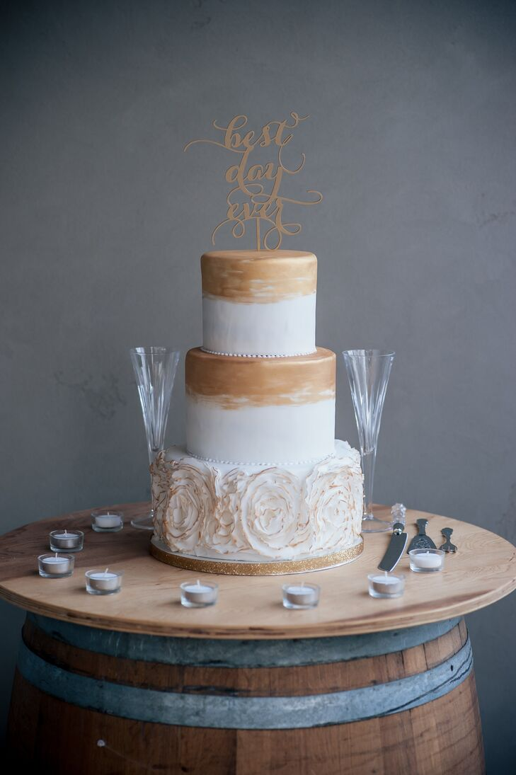 White And Gold Textured Wedding Cake