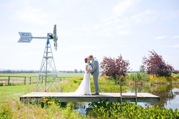 - A Natural, Country Wedding At K & K Garden View Estate In Bend, Oregon