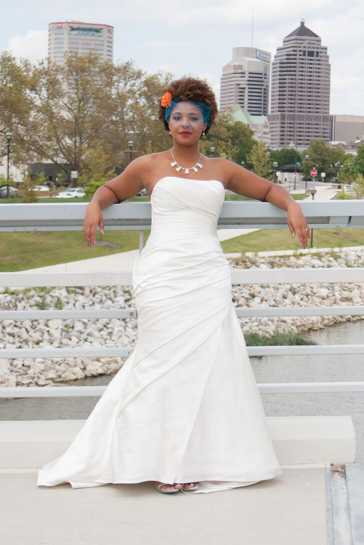 Low cut back trumpet style wedding dress for Low cut back wedding dress