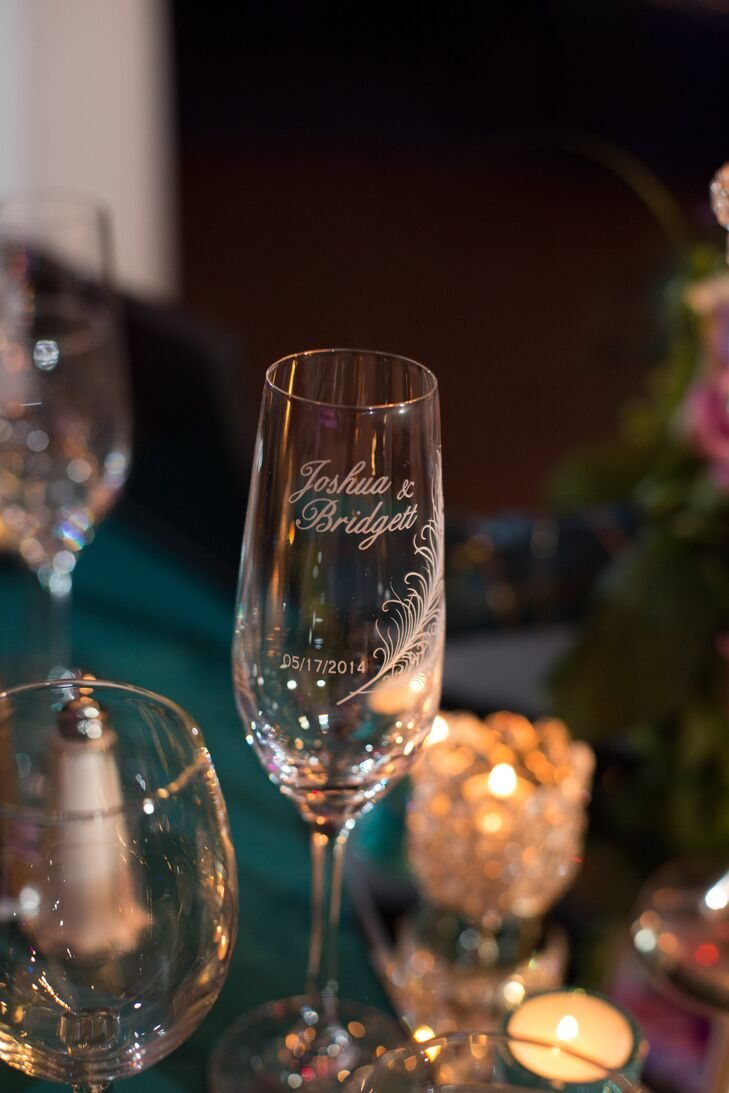 Engraved Wine Glass Wedding Favors