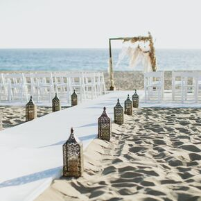 Beach wedding decorations accents california beach wedding junglespirit Image collections