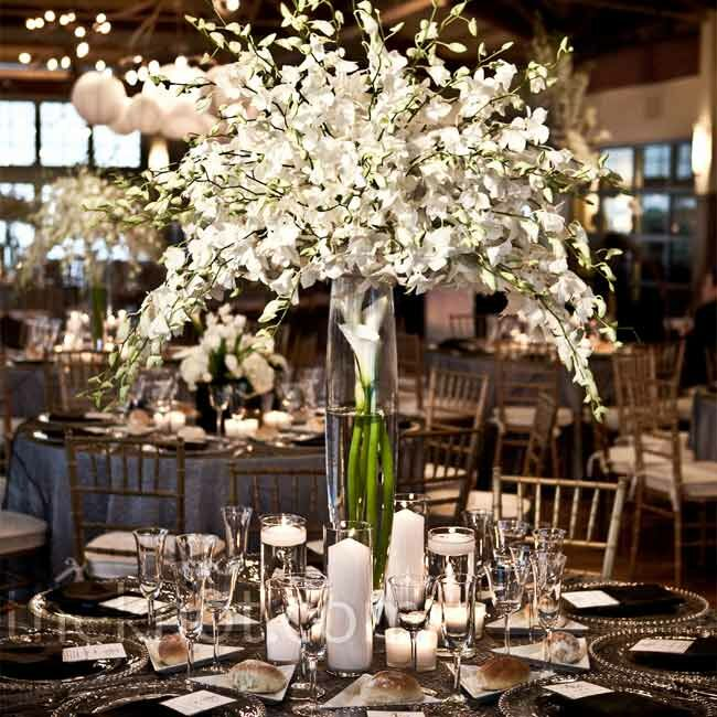 Flower Arrangement Ideas For Weddings: Tall Floral Centerpieces