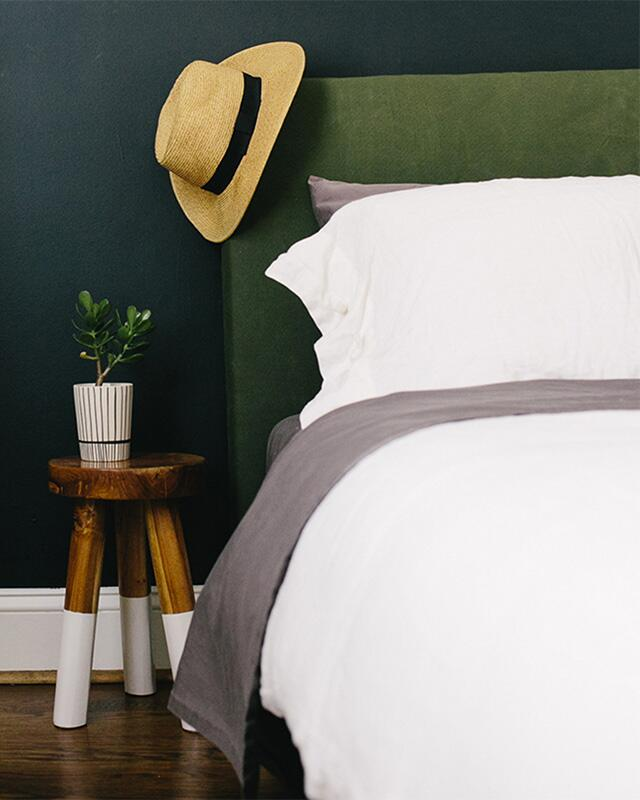 green wall bedroom