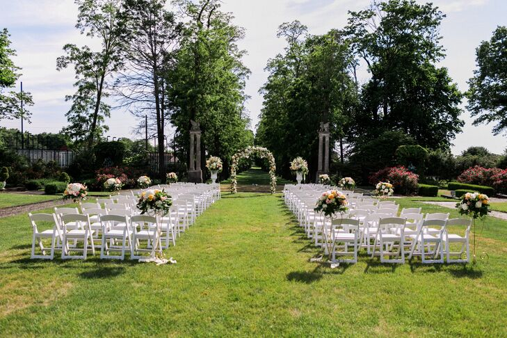 Village Club At Sands Point Outdoor Ceremony