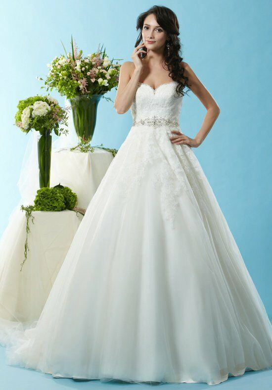 Eden Bridals BL125 Wedding Dress photo