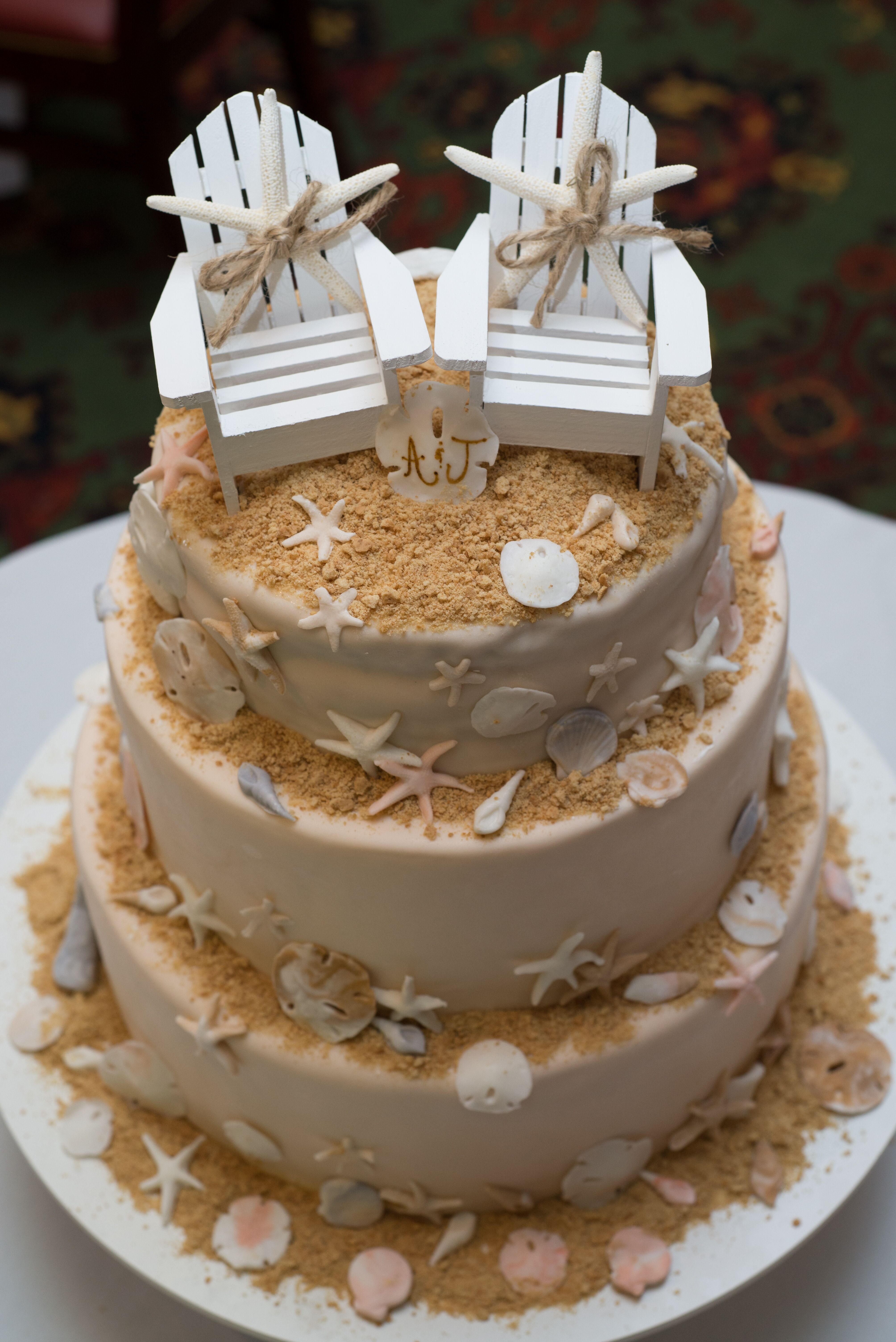 beach chair and sand wedding cake