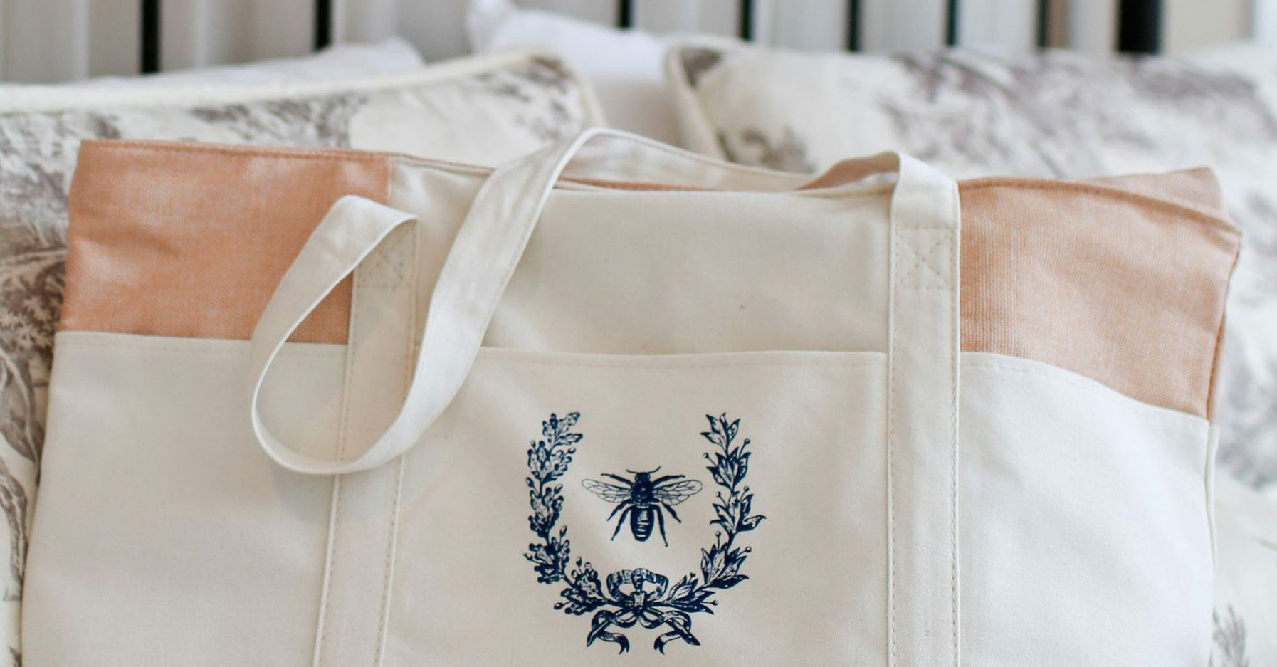 Wedding Gift Bag Ideas For Your Guests: The Best Wedding Welcome Bag Ideas For Out Of Town Guests