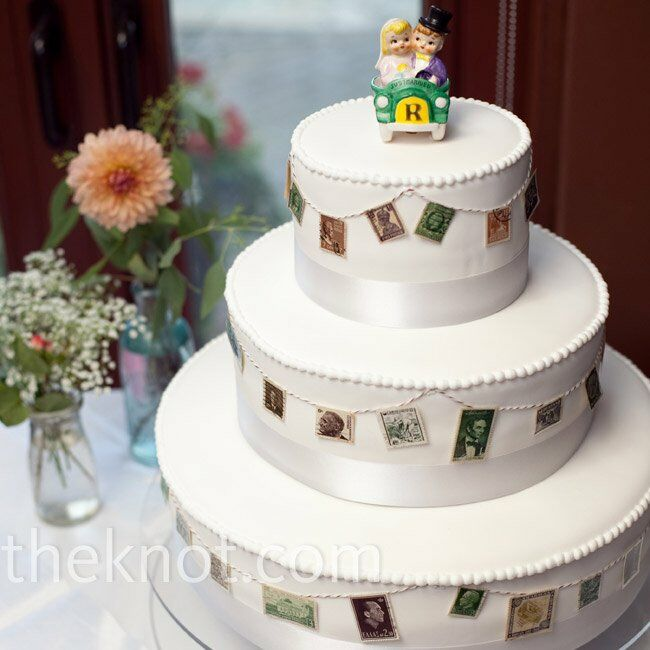 wedding cake bakers michigan a waterfront wedding in bay harbor mi 21911