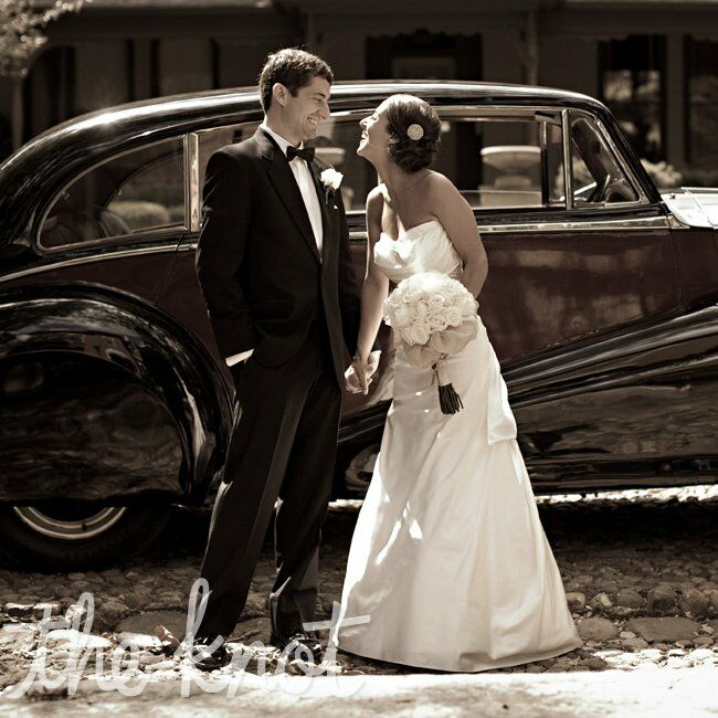 Wedding Gowns Indianapolis: A Timeless Wedding In Indianapolis, IN