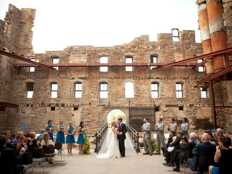 The most unique wedding venues we 39 ve ever seen for Unusual wedding venues nyc