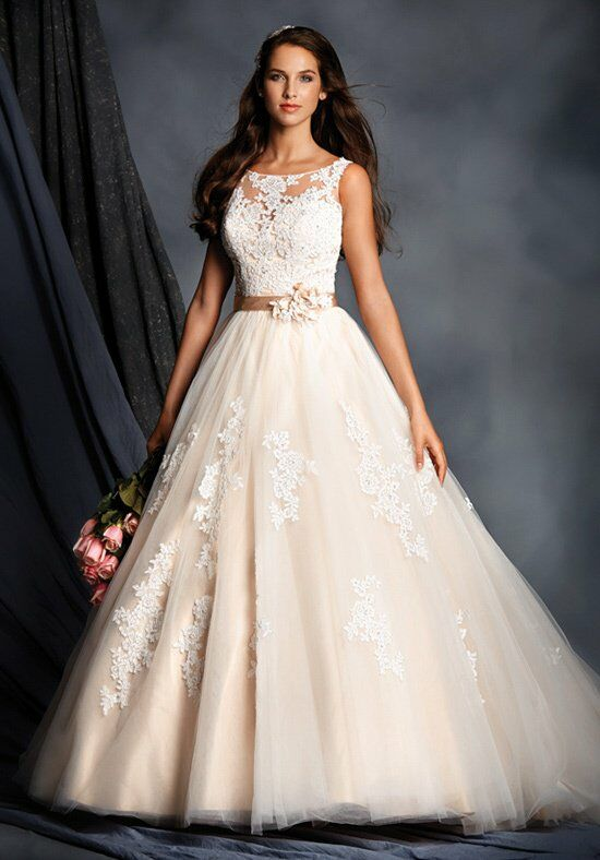 Alfred Angelo Signature 2508 Wedding Dress photo