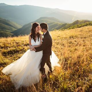 A Glamorous Rustic Wedding in Vail