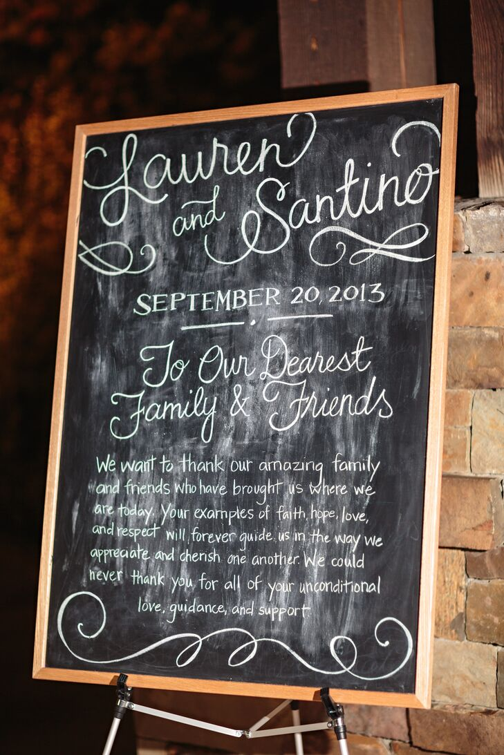 Lauren and Santino thanked their guests with a sweet message on a chalkboard sign