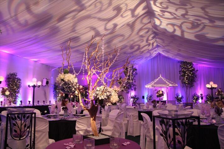 The secret garden las vegas nv for Las vegas wedding dress rental prices
