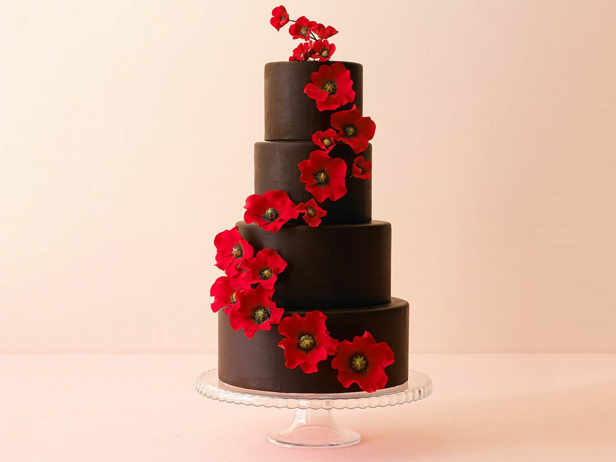 15 Delicious Chocolate Wedding Cakes